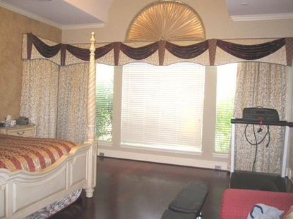 Picture of Custom Drapes OW0029